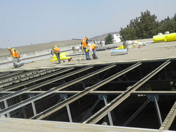 Insulation on roof for thermal protection